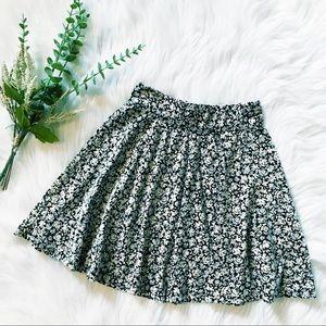 Hollister   Velvet Floral Skater Skirt XS NWOT